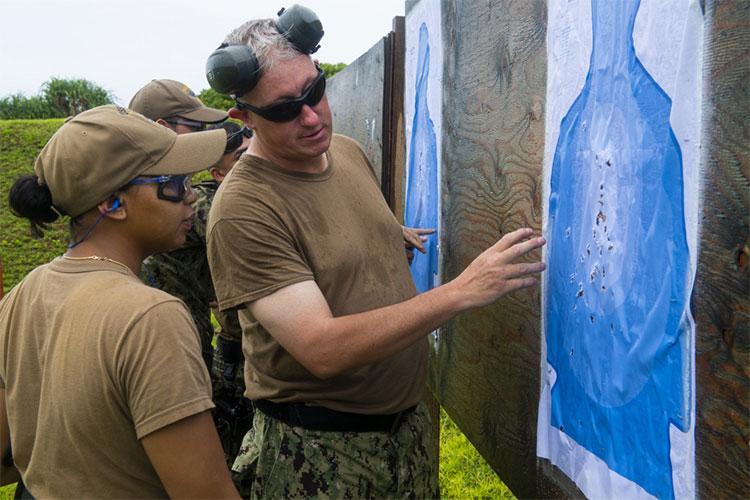 U.S. Navy photo by Mass Communication Specialist 3rd Class Richard Cho