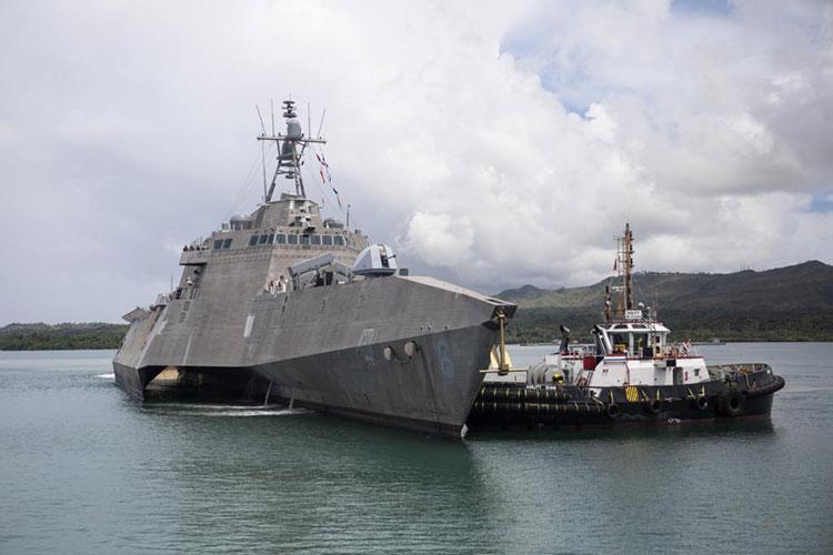 U.S. Navy photo by Mass Communication Specialist 1st Class Devin M. Langer