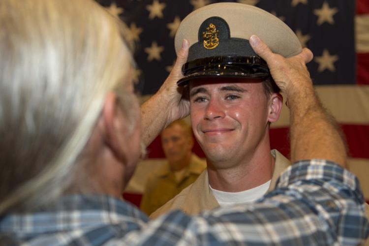 U.S. Navy photo by Mass Communication Specialist 1st Class Billy Ho