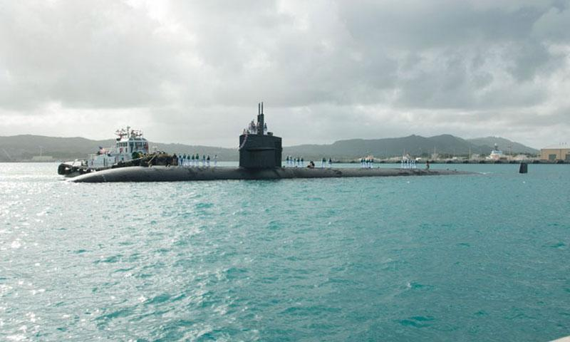 Official U.S. Navy file photo of Los Angeles-class attack submarine USS Oklahoma City (SSN 723).