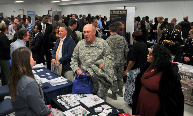 Several hundred service members, veterans and military spouses attend the Hiring Our Heroes job fair Jan. 21, 2015 at the Timmermann Conference Center at Joint Base McGuire-Dix-Lakehurst, N.J. (Shawn Morris/U.S. Army)