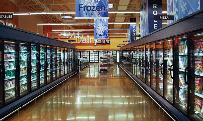 The frozen food aisle at the Naval Submarine Base, New London, Conn., commissary. (Kevin Robinson/Defense Commissary Agency)
