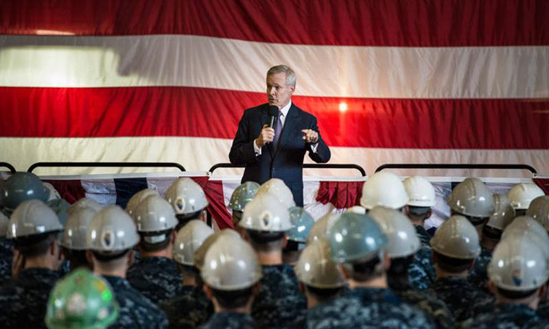 Secretary of the Navy Ray Mabus holds an all-hands call for sailors and shipyard employees at General Dynamics Electric Boat in Groton, Conn., after a tour of the Virginia-class attack submarine Pre-Commissioning Unit Illinois, Sept. 17, 2014. (U.S. Navy photo by Petty Officer 2nd Class Armando Gonzales)