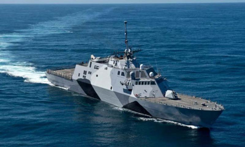 The Navy is phasing in littoral combat ships such as the USS Freedom to replace aging Oliver Hazard Perry-class frigates, Avenger-class mine countermeasure ships and Osprey-class coastal mine hunters. (Photo by MC1 James R. Evans/U.S. Navy)