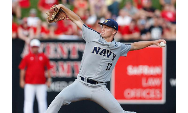 Luke Gillingham pitches against North Carolina State in the Raleigh Regional of the NCAA Tournament at Doak Field in Raleigh, N.C. on Friday, June 3. Photo by Ethan Hyman, Raleigh News & Observer / Tns