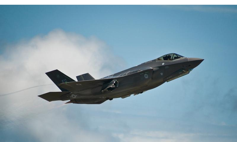 An F-35A Lightning II takes off from the Eglin Air Force Base on Aug. 21, 2013.  Samuel King Jr./U.S. Air Force